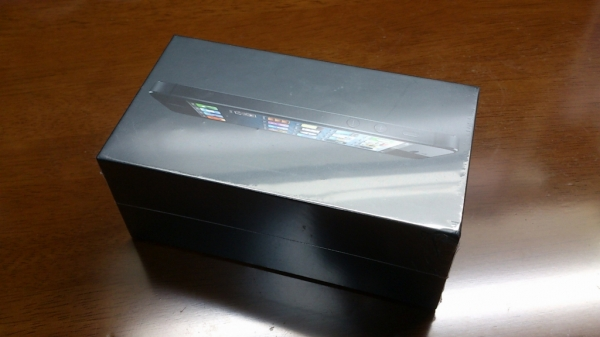 iPhone5 香港SIMフリー版の外観
