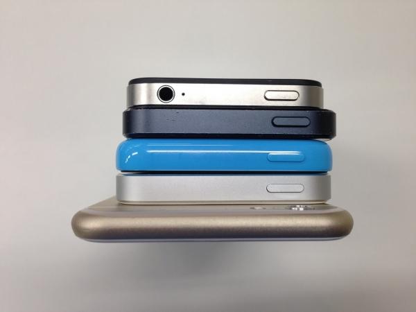 iPhoneと過去iPhoneの比較 上面