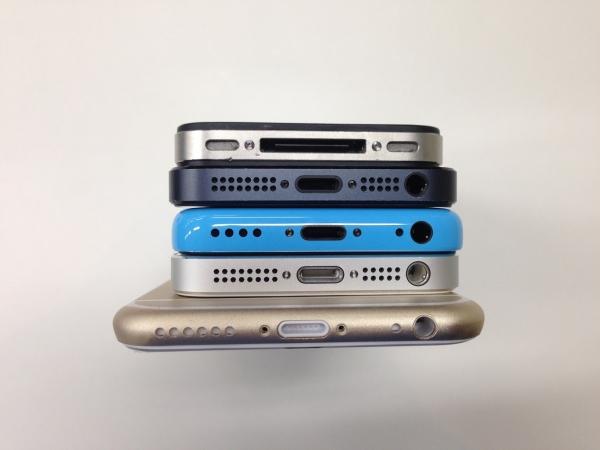 iPhoneと過去iPhoneの比較 下面