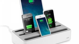 同時にたくさん充電する人の必需品!5台のデバイスをスマートに充電できる「Anker 5台同時 充電ステーション」をレビュー