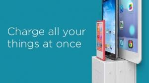 壁コンセントをスマホ用充電器に変身させちゃう「thingCHARGER」と「xWallDock」が便利そう